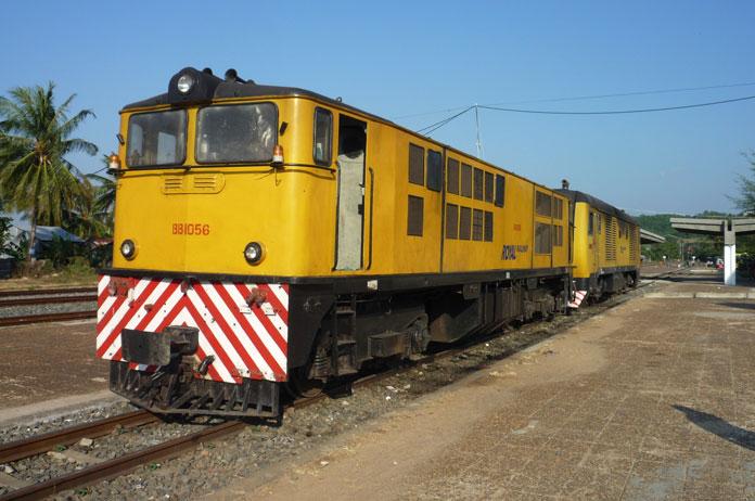 cambodia railway train chinese investment