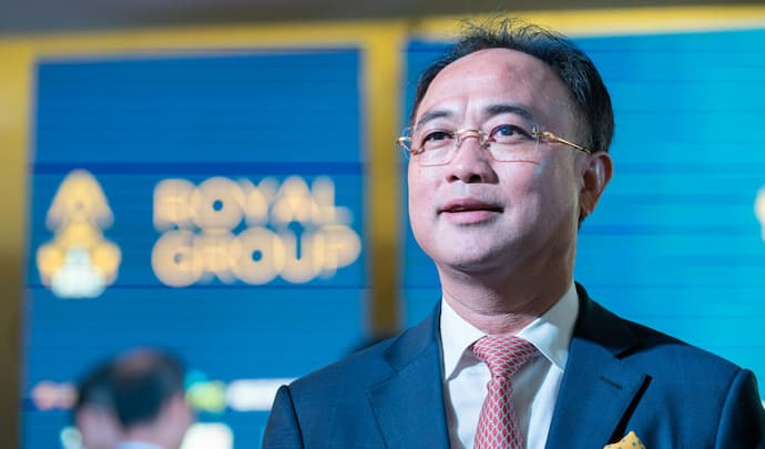 Wing Chairman Neak Okhna Kith Meng